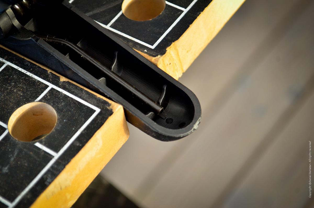 Tillverka spöhållare ismete - spänn fast klämma